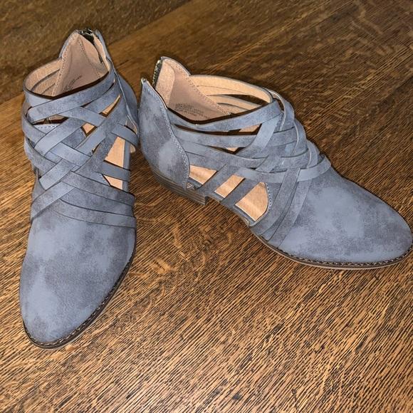 ARIDER GIRL Shoes   Boots   Poshmark